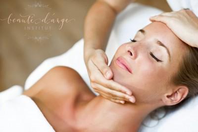 massage-visage-facial-anti-age-skintao